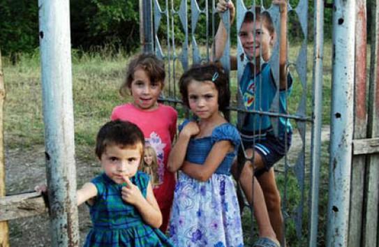 Тонна слез: Как живут дети трудовых мигрантов