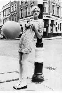 The face of the mini skirt - Twiggy