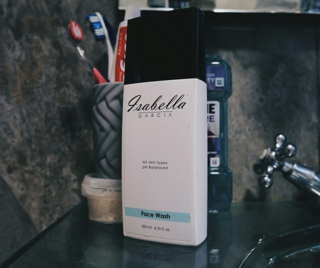 Isabella Garcia Face Wash