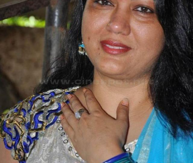 Actress Hema Hot In Saree