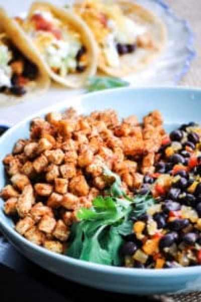 Epic Vegan Baked Tofu and Black Bean Street Tacos https://www.veganblueberry.com