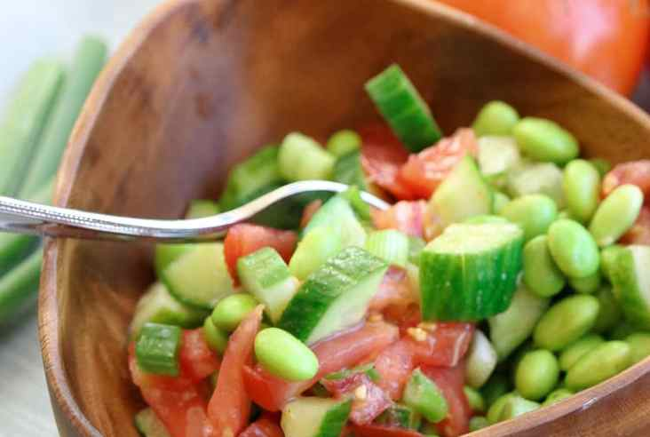 Favorite Summer Edamame Salad https://www.veganblueberry.com