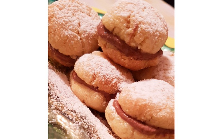 traditional authentic italian cookies display image  af0af5f2