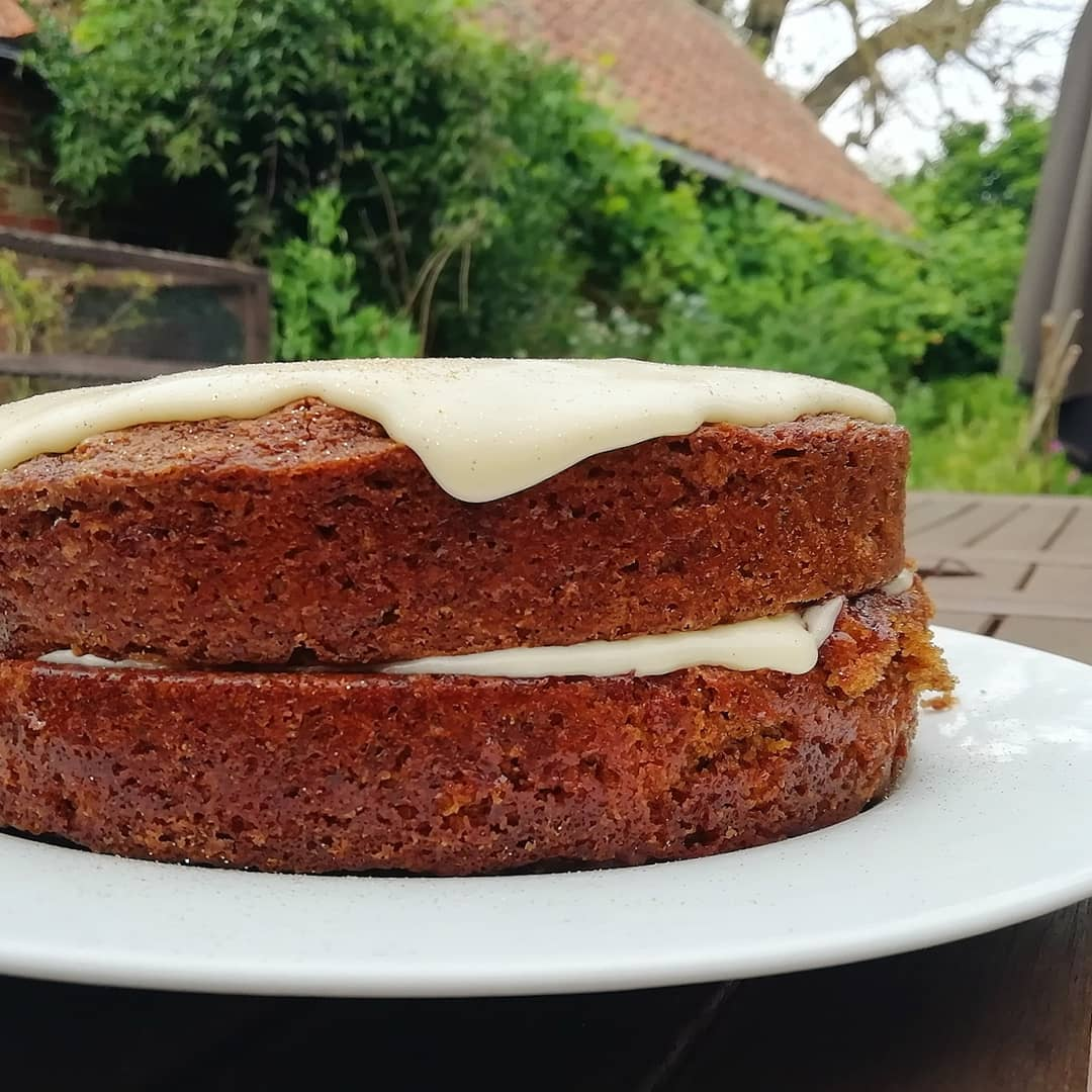 carrot cake with cream cheese frosting cake recipe b multip img 0 e2b989d1