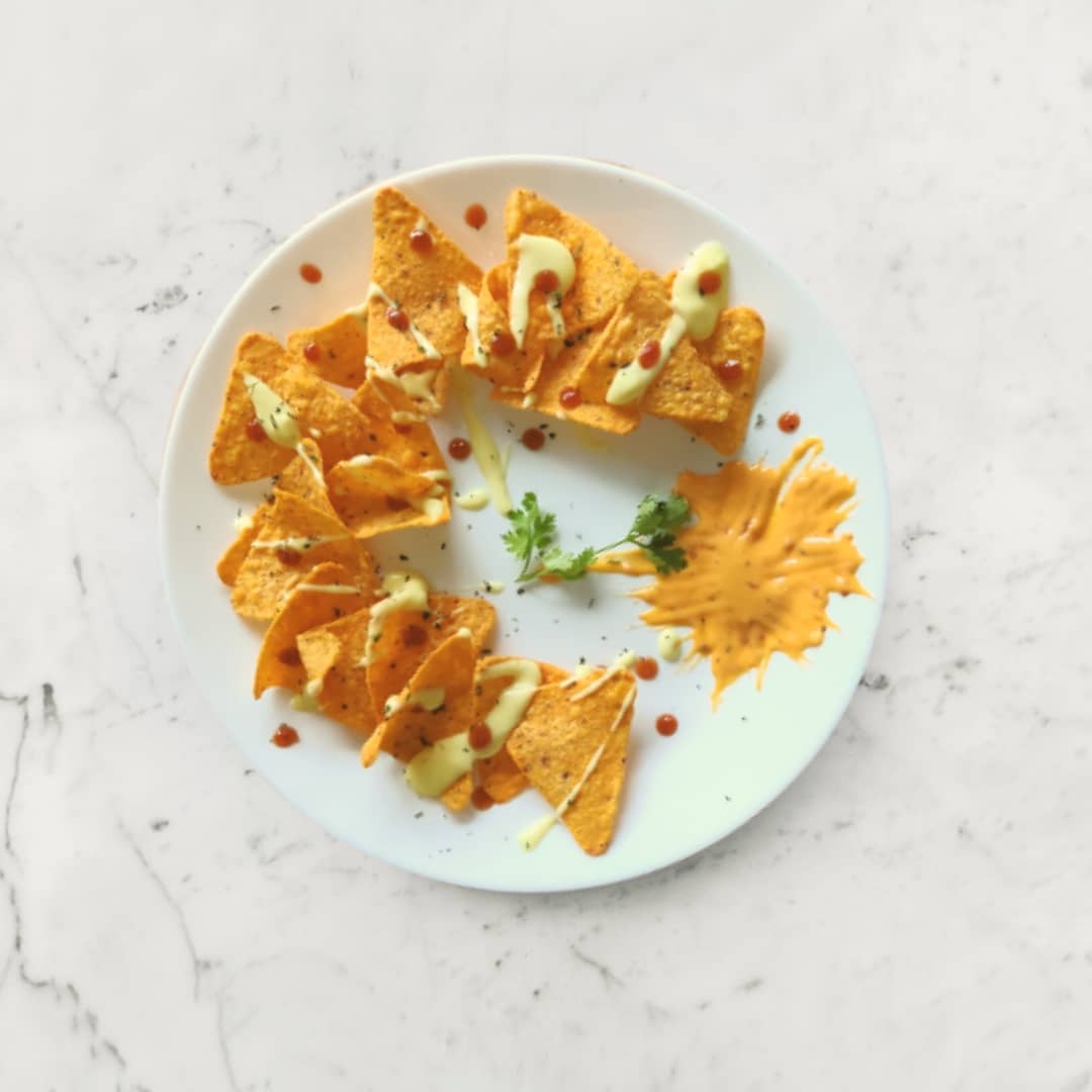 cook in 5 minutes delicious crispy nachos with cheese sauce multip img 0 d9e691dd