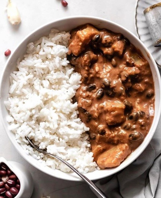 black bean zucchini curry with rice display image  5c3d1b7a