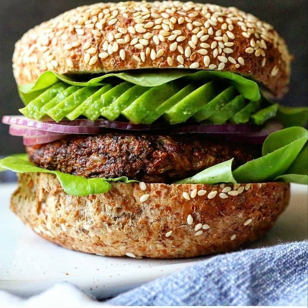 mushroom burger by onelifetoeat  try out this mushroom display image  cf924c9f