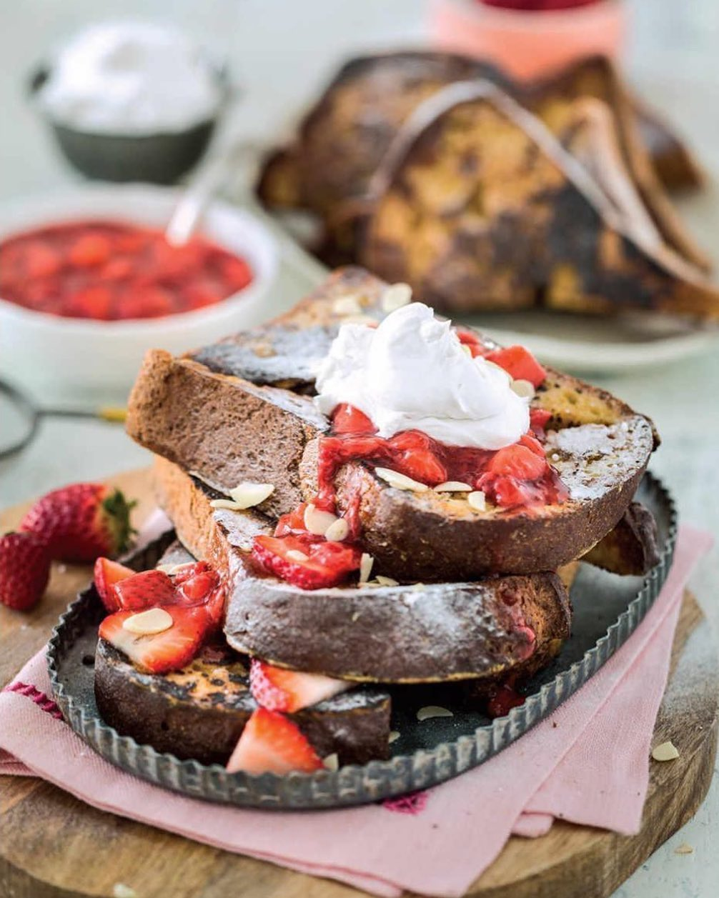recipe time  vanilla french toast with strawber display image  a44d84f8