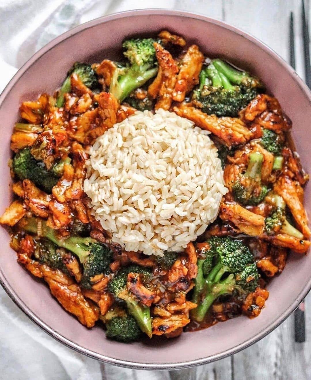 saucy soy curls with broccoli and brown rice display image  467b0574