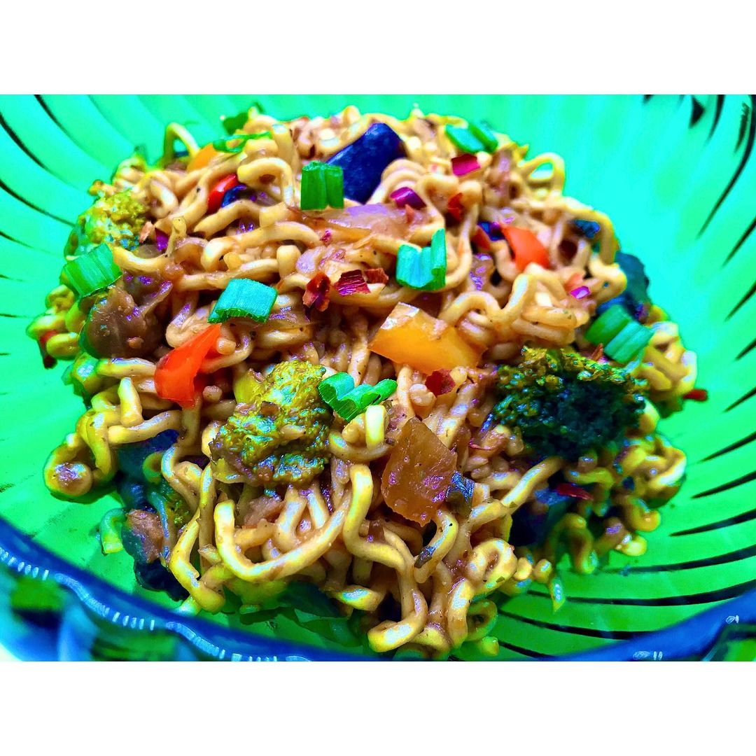 beefless ramen noodle stir fry  this can literally multip img 0 cd86180a
