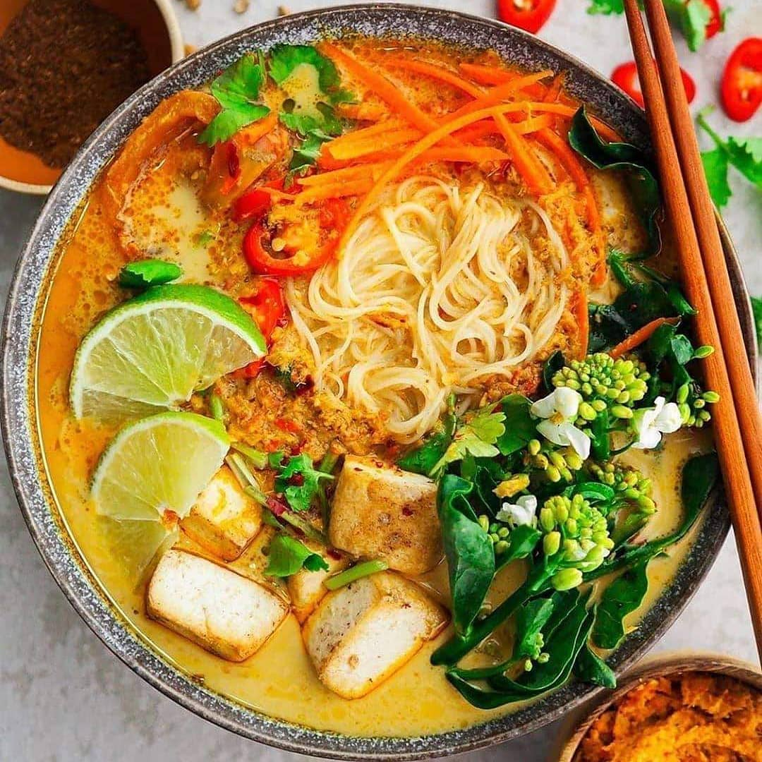 vegan laksa by foodpassionical  flavour packed and oh display image  56d88b83