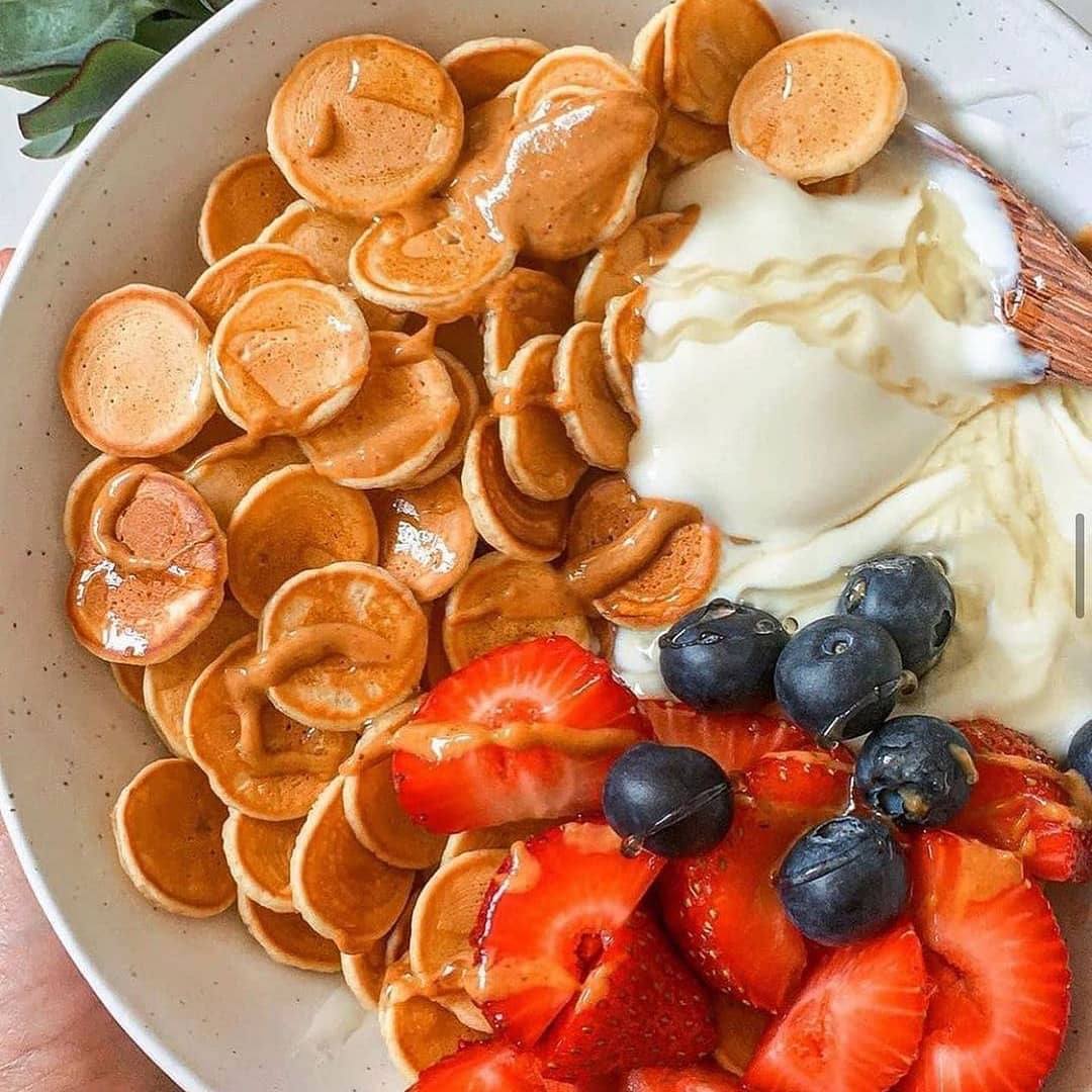 the pancake cereal trend she served hers with creamy dairy display image  0d3a2f76