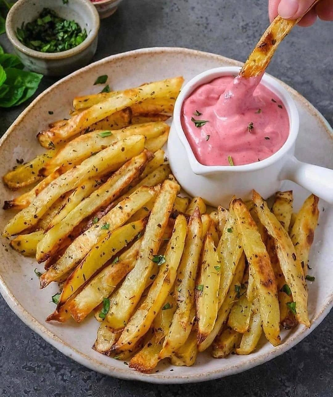 baked herb fries with beet garlic mayo by thefoodiet display image edbbc