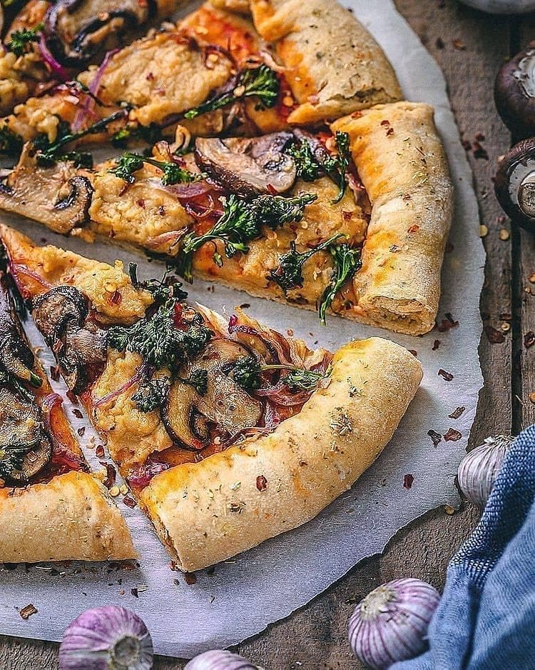 vegan mozzarella pizza did you know you can get + re display image febe