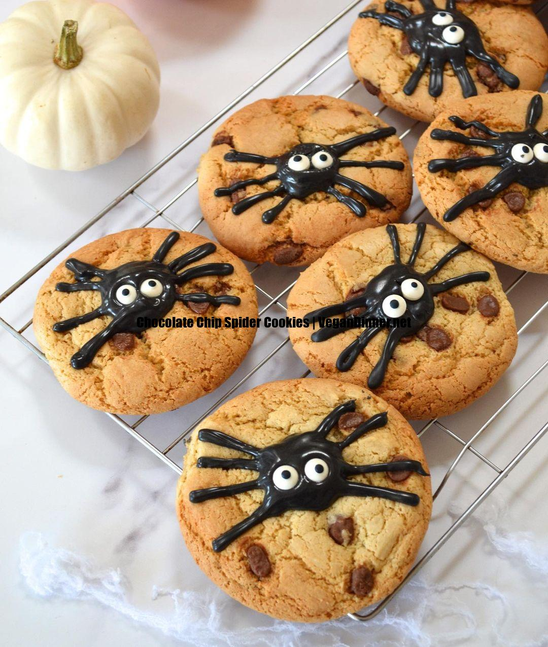 chocolate chip spider cookies multip img fa
