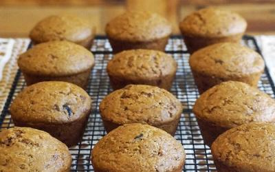 Lemony Maple-Cranberry Muffins – A Jazzy Vegetarian Review and Recipe