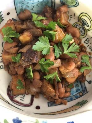 Peasant Italian Food At Its Absolute Best – Fava Beans (instead of Kidney Beans) and Potatoes