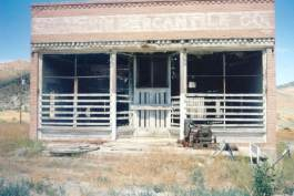 Old mercantile building at Gold Hill Photo by Jesse Petersen