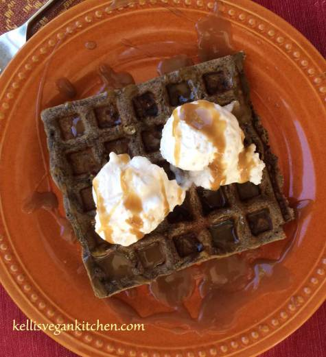vegan-caramel-apple-waffles2
