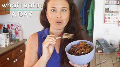 Vegan What I Eat in a Day || Meals and workout at home