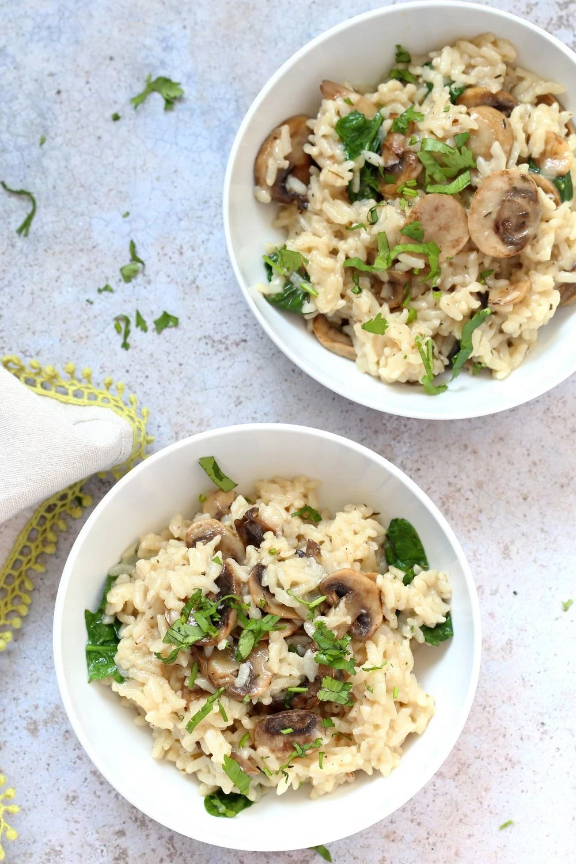 Instant Pot Mushroom Risotto. Easy Vegan Mushroom Risotto made in Instant Pot Pressure cooker. Saucepan option. #Recipe #soyfree #nutfree #vegan #glutenfree #veganricha #instantpot   VeganRicha.com