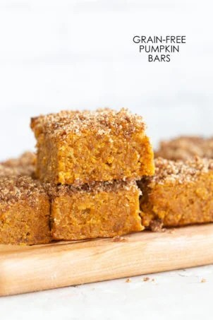 These Vegan Gluten-free Pumpkin Bars are grain-free, fudgy and so Delicious! Cinnamon streusel on top makes them decadent and festive. #Vegan #Glutenfree #Soyfree #Paleo #Grainfree #Recipe #VeganRicha