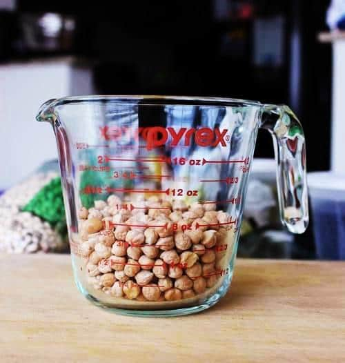 Chikpeas in a cup