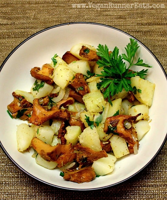 Chanterelle Stir-Fry with Potatoes and Herbs 3