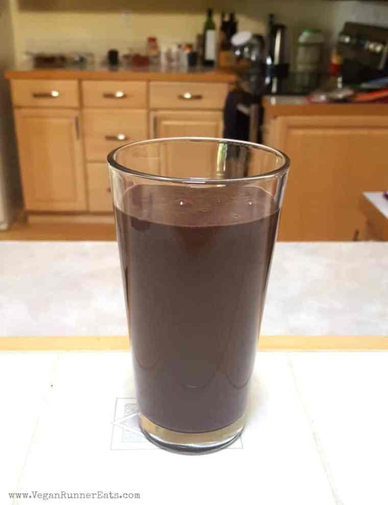 Berry-Chocolate Green Smoothie Recipe