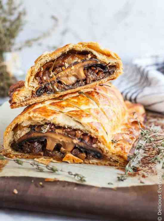50 best vegan Thanksgiving dishes:: Vegetarian Mushroom Wellington from Delicious Everyday