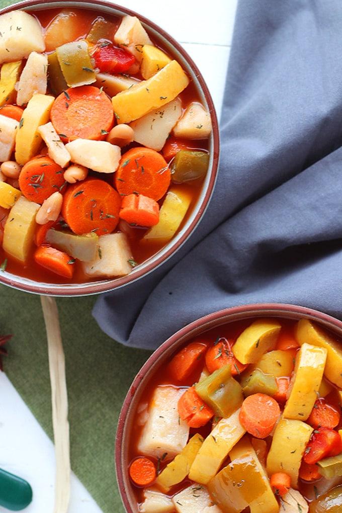 Healthy Vegan Vegetable Soup (Oil-Free No-Added Salt) & 28 Sensational Vegan Soup Recipes | Vegan Vigilante