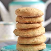 Rich Tea Biscuits (Vegan, Refined Sugar Free)