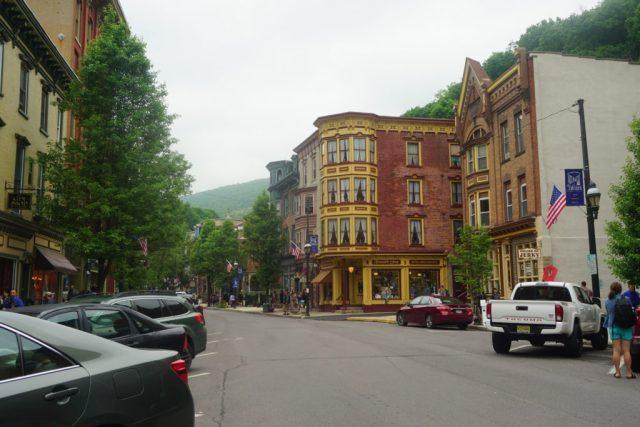downtownshopsjthorpe