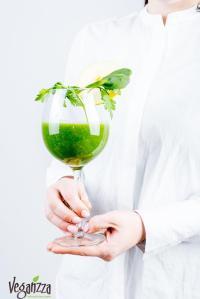 Smoothie verde   Veganzza.ro