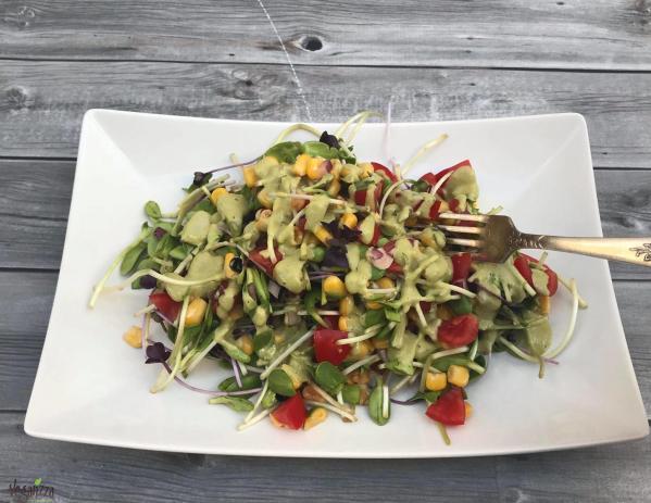 Salata de vlastari