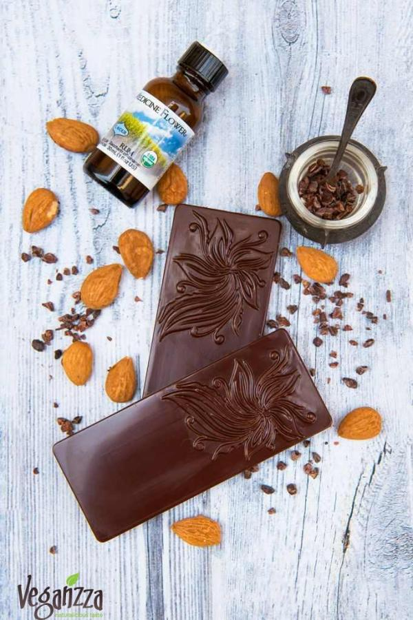 Ciocolata raw cu rom