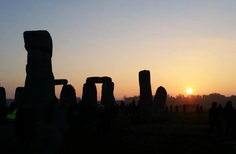 vernal equinox at stonehenge 2015