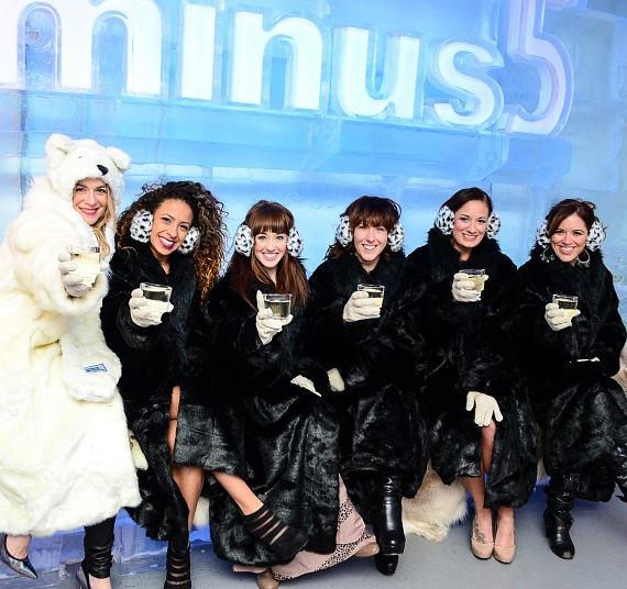 Véronic and The Voicettes at Minus5 Ice Bar