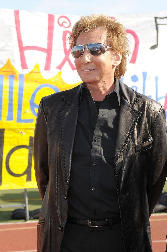 Barry Manilow at Valley High School in Clark County, Nevada