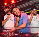 Brody-Jenner-Vice-Ronnie-Magro-at-TAO-570-unsmushed