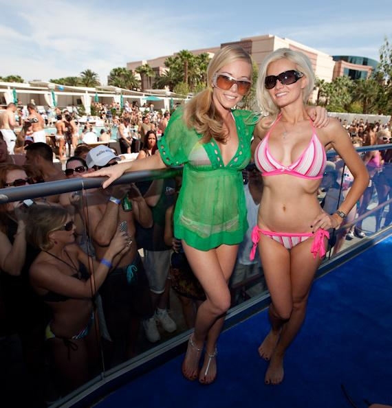Kendra and Holly at WET REPUBLIC