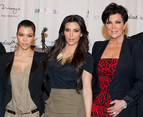 Kourtney Kardashian, Kim Kardashian and mom, Kris Jenner