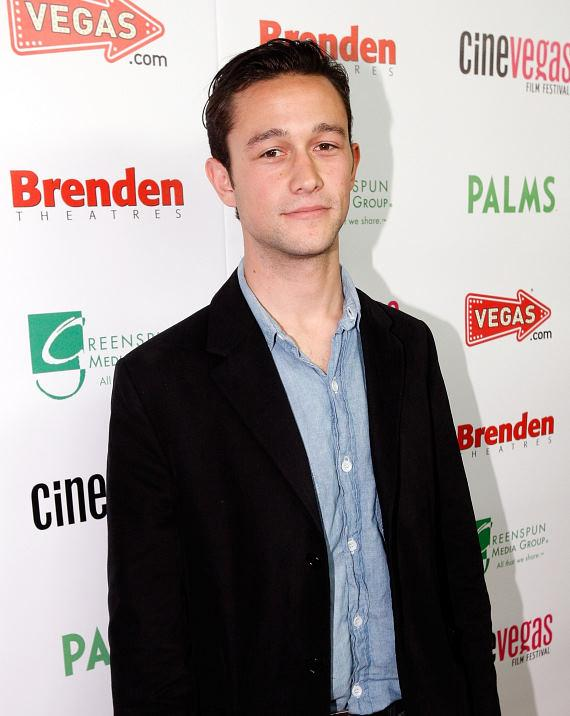Joseph Gordon Levitt (500 DAYS OF SUMMER)