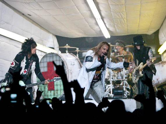Mötley Crüe perform at The Joint