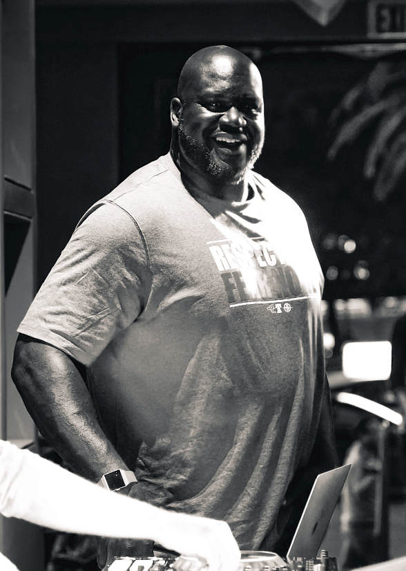 Celebrity Guest Shaquille O'Neal Performs DJ Set at Alexxa's Bar in Las Vegas