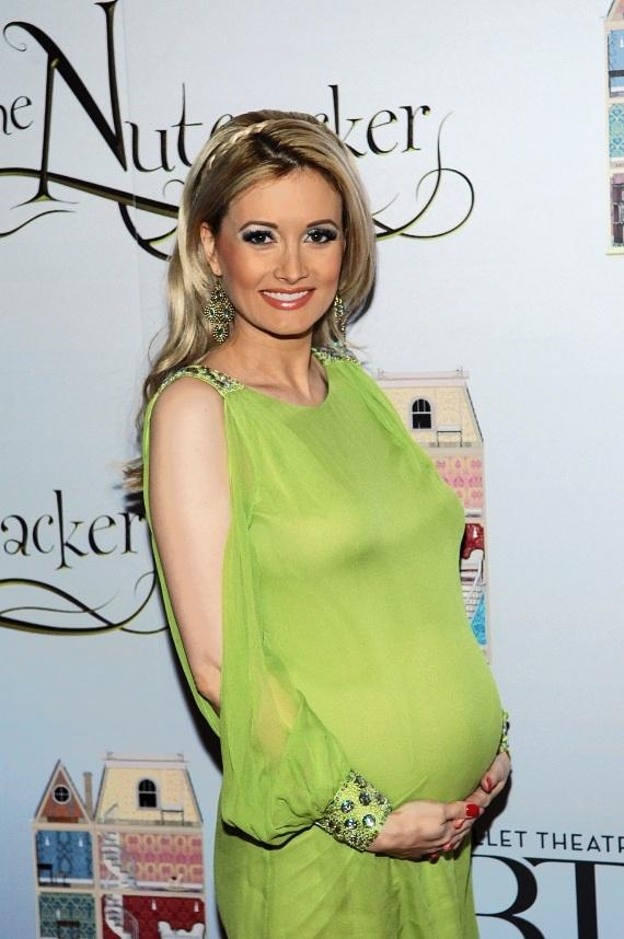 Holly Madison attends premiere of Nevada Ballet Theater's The Nutcracker