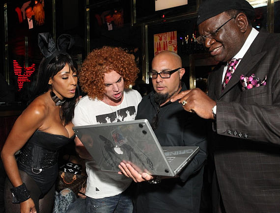 Bunny Lagracella Omran, Carrot Top, Joe Fury (9 Group), George Wallace