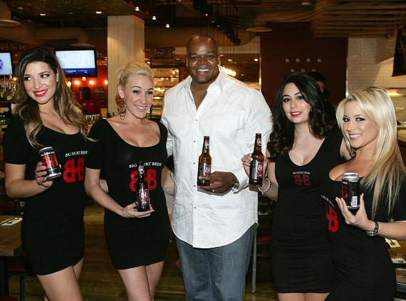 Frank Thomas with Big Hurt MVP Beer at Meatball Spot