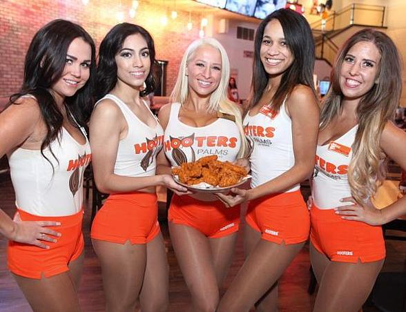Hooters Returns to Las Vegas for 20th Anniversary International Swimsuit Pageant and Worldwide Wing Eating Championship