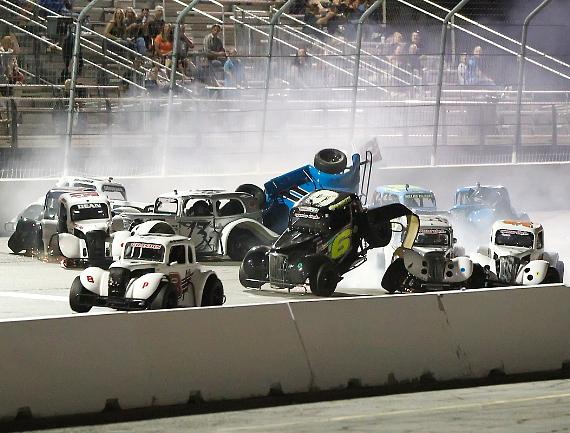 Massive 10-car pileup on the front stretch on the Legend's race second lap